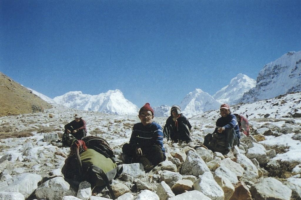 Porters Trekker Kanchenjunga Base Camp Trek Nepal Trekking Hike Hiking Himalayas