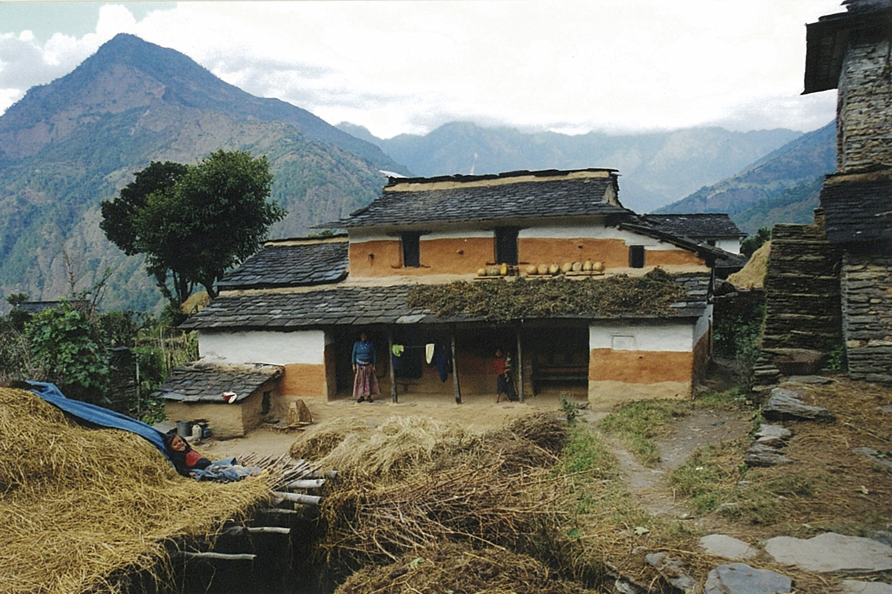 Farmstead Everest Base Camp Trek EBC Trekking Hike Hiking Nepal