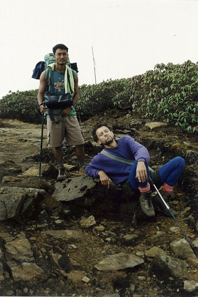 Guide Trekker Makalu Base Camp Trek Makalu-Barun National Park Nepal Trekking Hike Hiking Himalayas