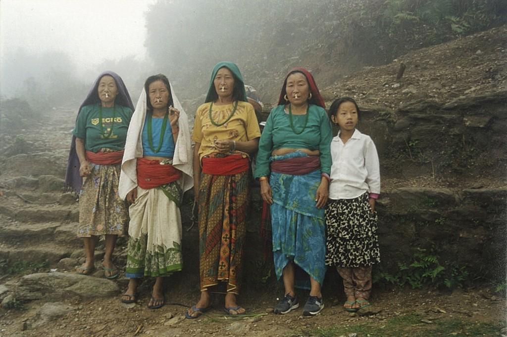 Ladies Women Tumlingtar Makalu Base Camp Trek Nepal Trekking Hike Hiking Himalayas