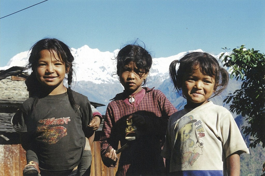 Ghalegaun Trek trekking hiking hike Child Nepal