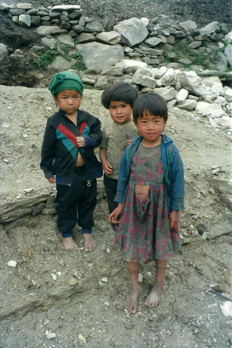 Tibetan Urchins Children Manaslu Circuit Trek Nepal Trekking Hike Hiking Himalayas