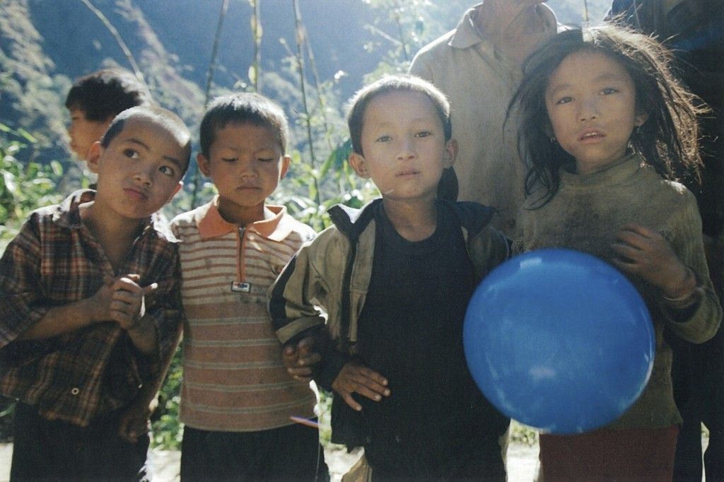 Children Kanchenjunga Base Camp Trek Nepal Trekking Hike Hiking Himalayas