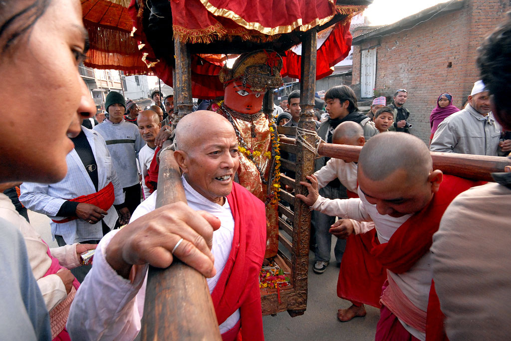 Rato Machhendranath Nepal Hindu Buddhist Religion Chariot Festival Festivals Religious Cultural Tourism Temple Matsyendranath