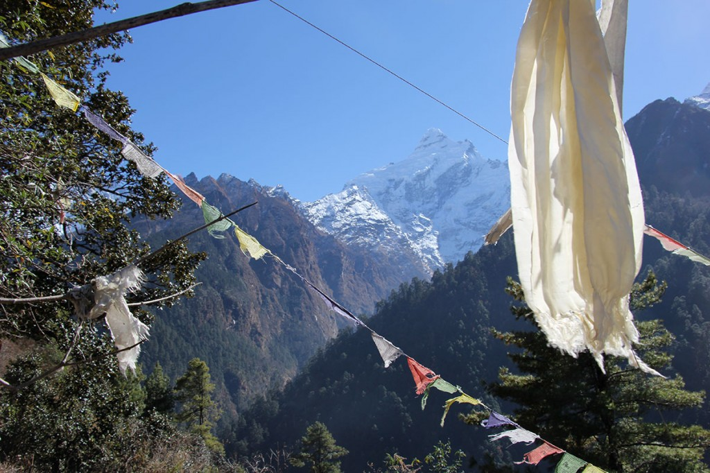 Prayer Flags Ghorepani Poon Hill Trek trekking hike hiking nepal