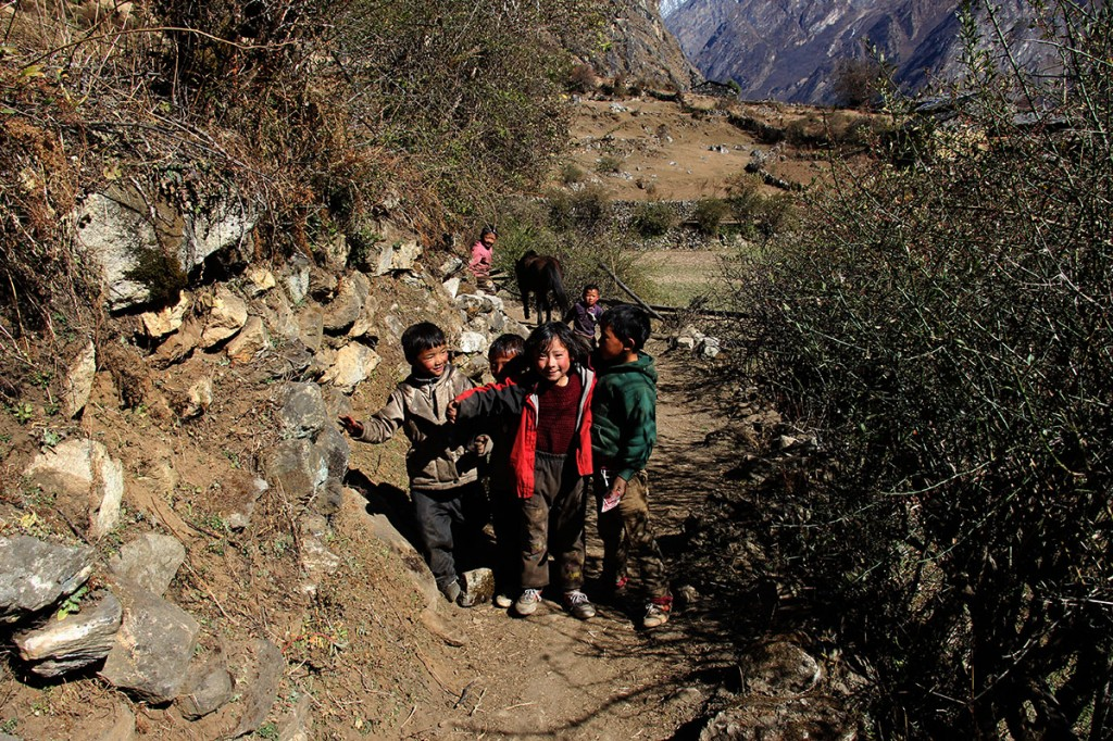 Children Helambu Gosaikunda Langtang Valley Trek Trekking Hike Hiking Nepal