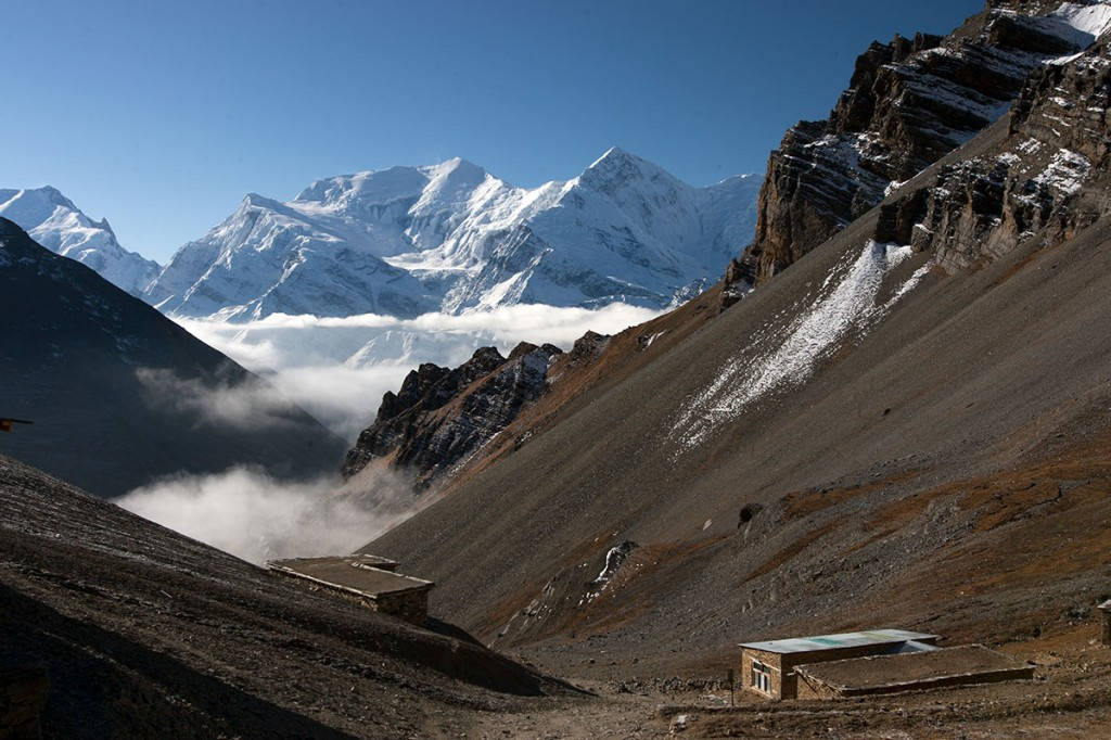 Approaching Thorung Thorong La Annapurna Circuit Trek Trekking Hike Hiking Nepal
