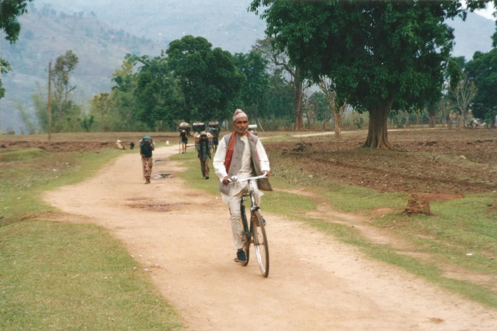 Bicycle Bike Alternative Transport Makalu Base Camp Trek Nepal Trekking Hike Hiking Himalayas